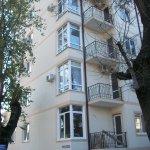 Продается: двухкомнатная квартира на ул. Серафимовича в Геленджике
