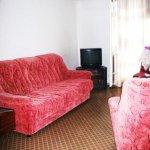 Продается: трехкомнатная квартира на ул. Островского в Геленджике